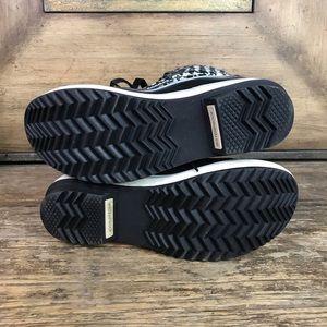 Sorel Shoes - Sorel Tivoli Houndstooth Short Booties 6